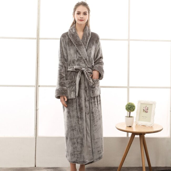 Flannel robe  3
